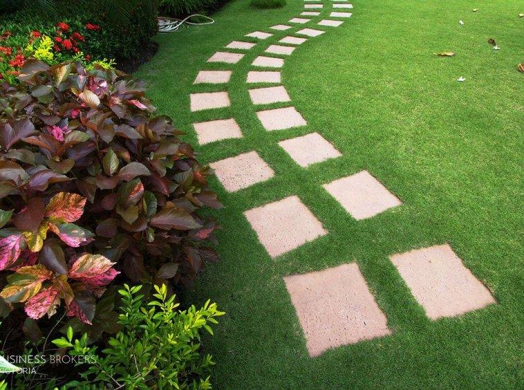 garden Maintaince
